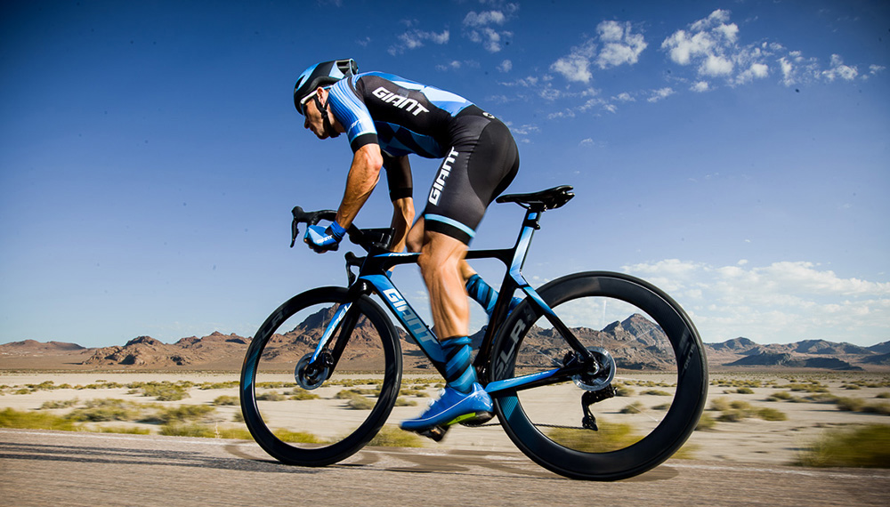 Propel Advanced SL Disc Action 1